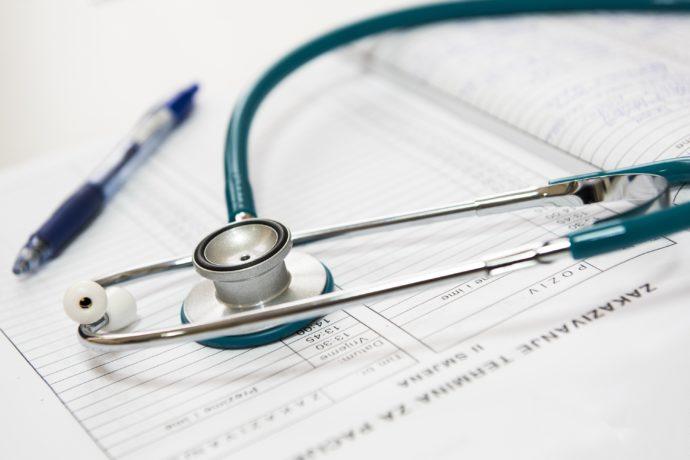 assistência de saúde no exterior