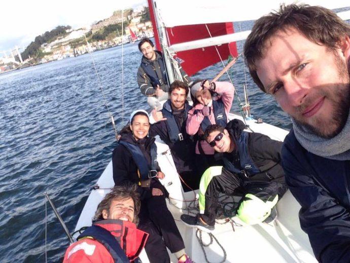 disputa de barco à vela no MBA Atlântico