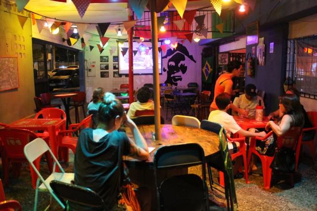 ramon hostel bar