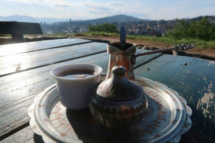 café bósnio