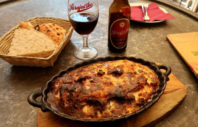 moussaka e cerveja bósnia