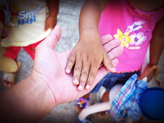 trabalho voluntário em orfanatos
