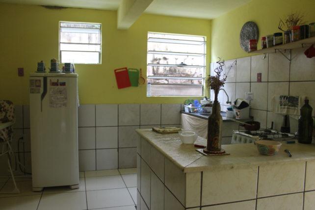 cozinha da casa mangamel em lençóis
