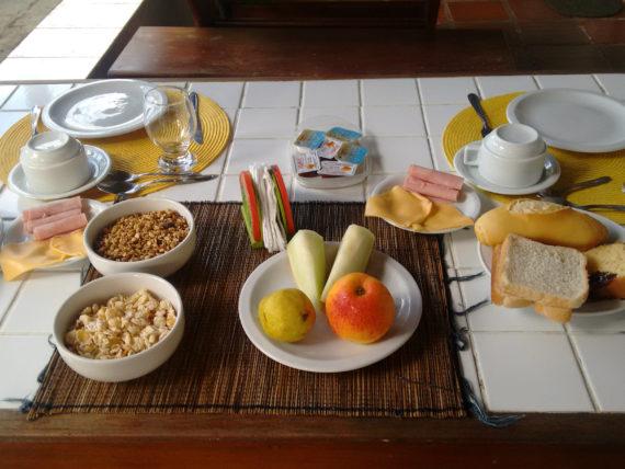 café da manhã de albergue em arraial do cabo