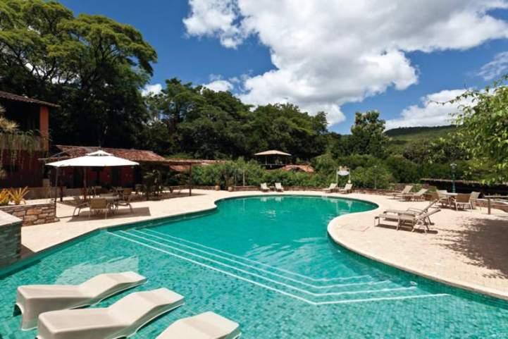 piscina do hotel de lençóis