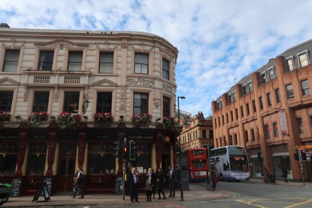 edifícios charmosos em manchester