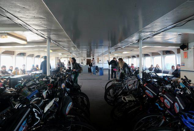 bicicletas na balsa