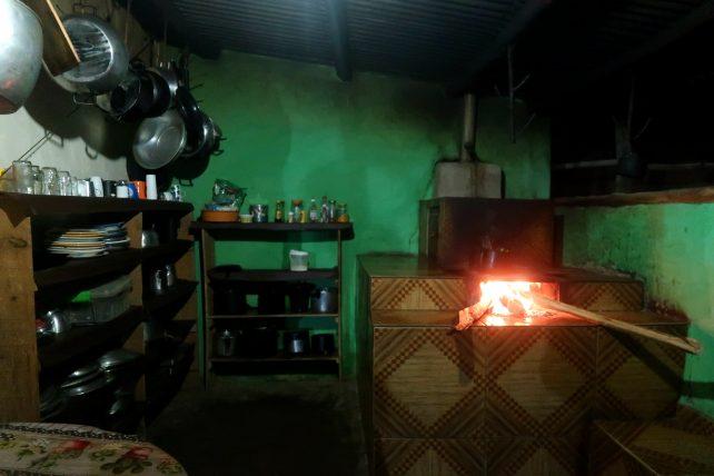 cozinha de casa no vale do pati