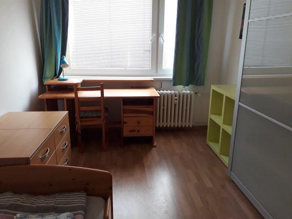 quarto em airbnb em praga