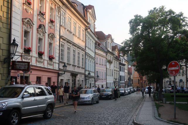 rua de malá strana