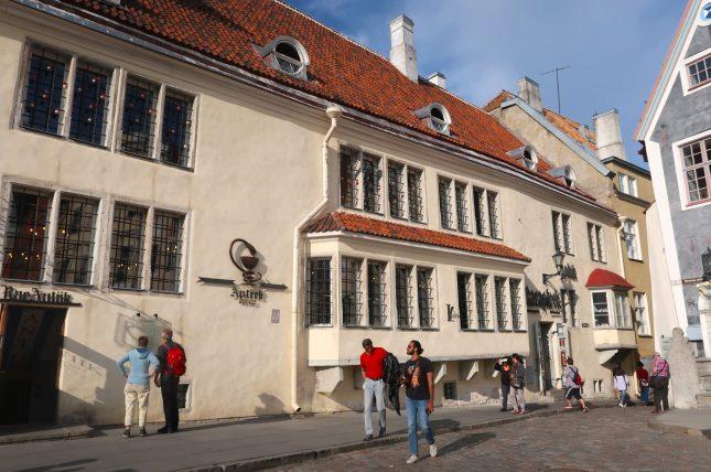 fachada da farmácia antiga