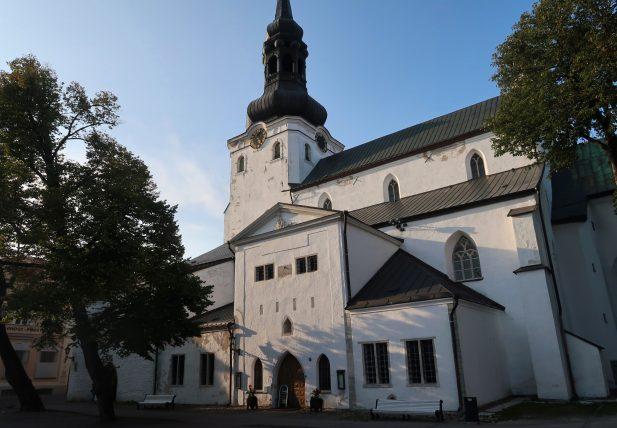 igreja no centro histórico de tallinn