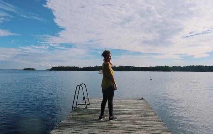 eu posando no lago saimaa