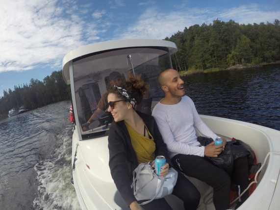 eu e moustafa no barco