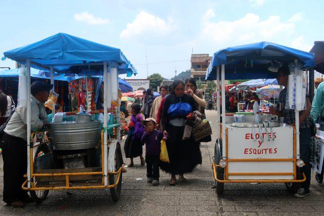 milho sendo vendido em pequena cidade em chiapas