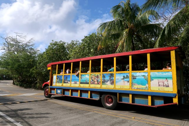 ônibus turístico em san andrés