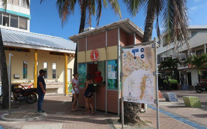 quiosque de informações turísticas em san andrés