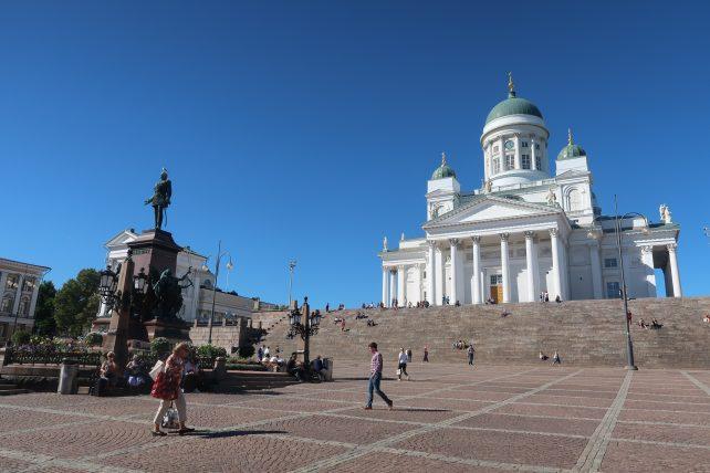 viajar sozinha para a Finlândia