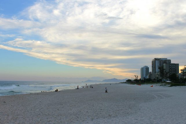 praia na barra da tijuca