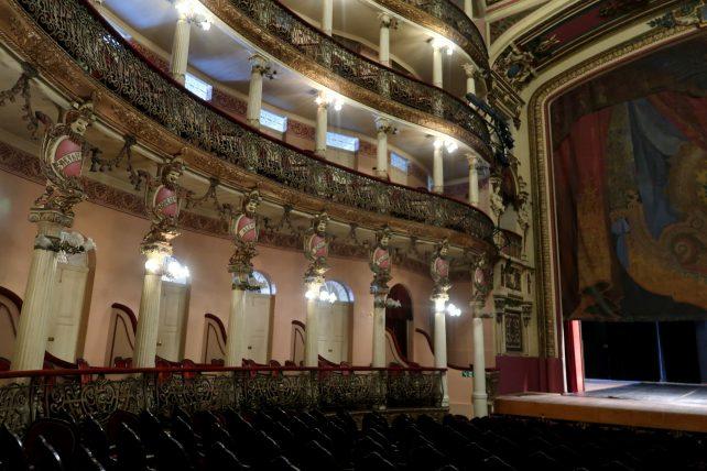 teatro amazonas por dentro