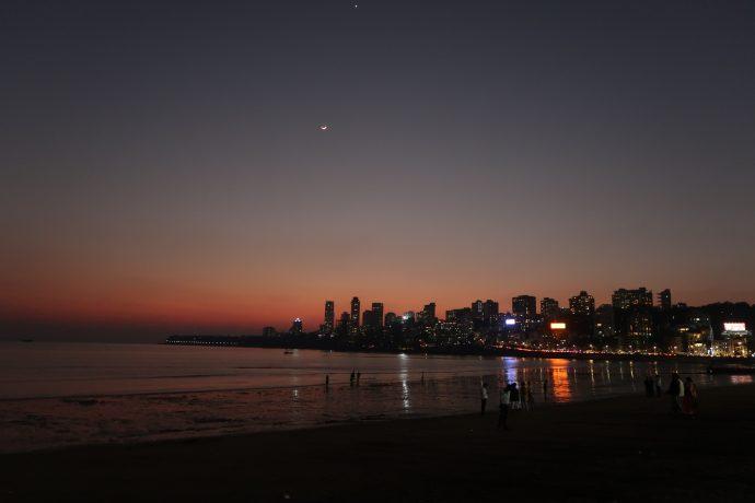 pôr do sol em mumbai