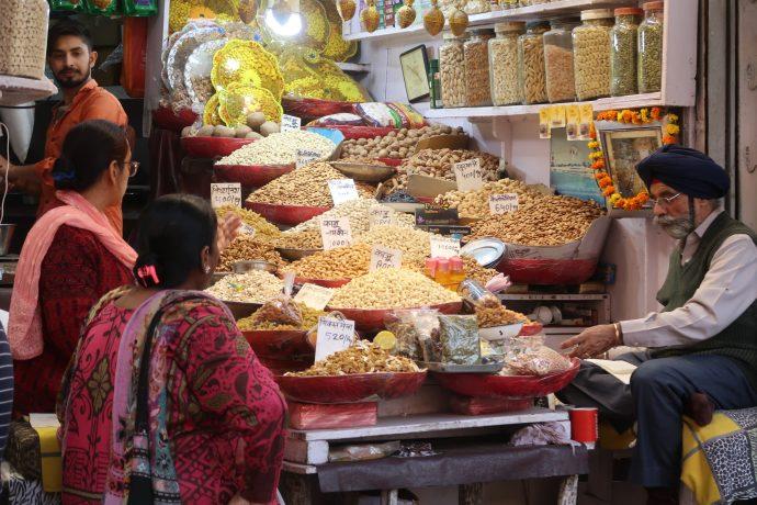 mercado em nova delhi