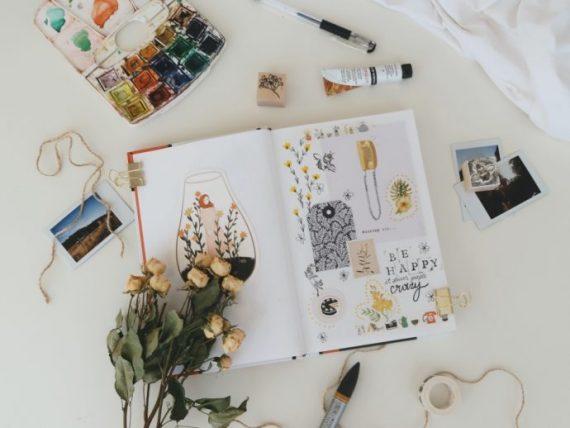 você pode fazer um diário de viagem artístico