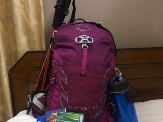 mochila pronta para a trilha