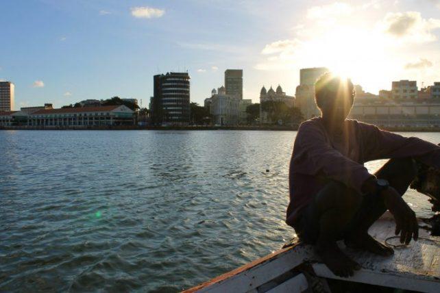a megalomania pernambucana envolve os principais rios do recife