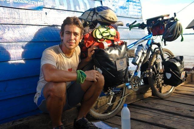 a bicicleta é uma opção de transporte para viajar sem dinheiro