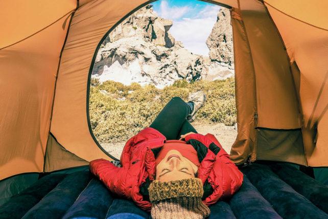fotógrafa nômade falou sobre viajar sem dinheiro